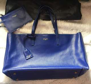 YSL tote Authentic Grade Quality with minor flaw at the back side