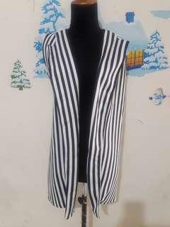 Outer stripe putih biru