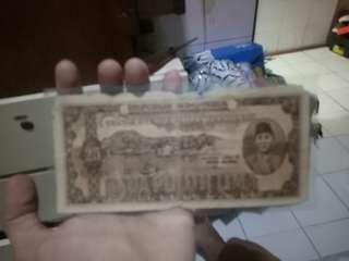 Uang kuno tahun 1947 kondisi seperti digambar sudah dilaminating