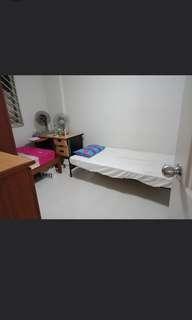 Near MRT - Room share/ Whole room