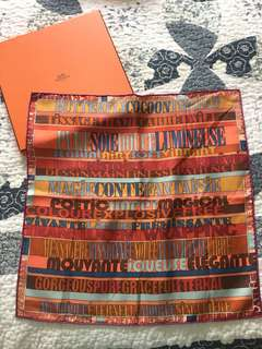 New Hermes scarf small size