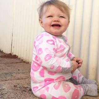 🚚 ✔️STOCK - PINK DONUT LIPS NEWBORN BABY SLEEPING PJ JUMPER ZIPPER ROMPER TODDLER GIRL KIDS CHILDREN CLOTHING