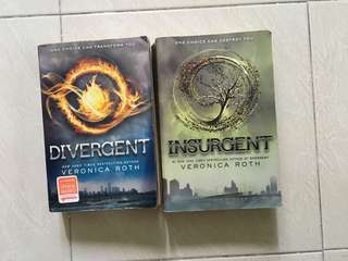 🚚 Divergent and Insurgent by Veronica Roth