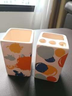 Brand New Ceramic Abstract Design Bathroom Set of 2