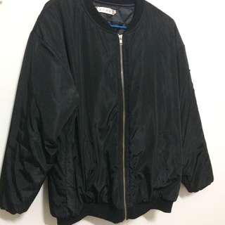 🚚 黑色飛行外套