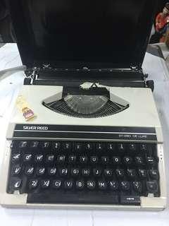老件打字機-日本制-SlLVER REED