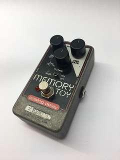 EHX Memory Toy Analog delay pedal