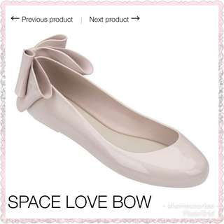 Melissa space love bow II
