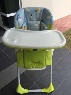 PreLoved Chico Polly 2 in 1 Highchair