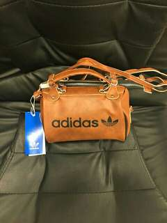 Adidas Archive Leather Bag (Preorder)