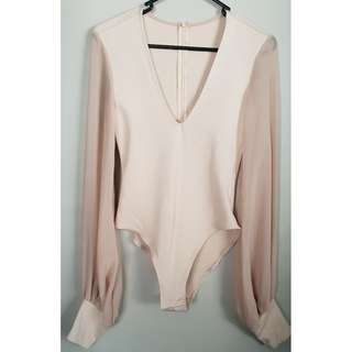 Long- sleeve body suit sz 8