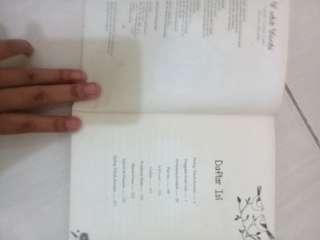 buku W untuk wanita penulis Yayo asmara