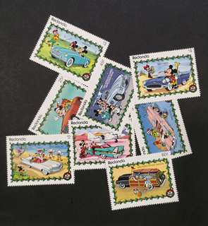 Redonda Walt Disney Christmas 1989 featuring 1950's classic cars complete stamp set.
