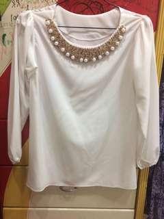 Baju Lengan Panjang Putih