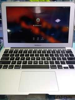 """MacBook Air 11"""" 2012 (90%NEW)"""