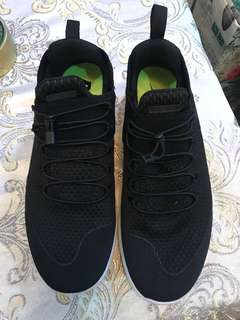 Nike Free RN Flyknit with Elastic Shoelace