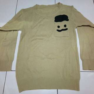 Sweater cream