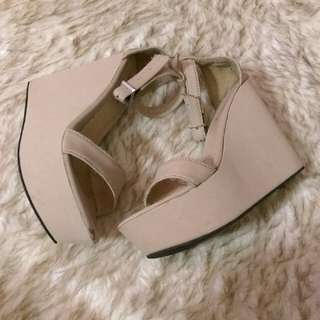 Nude Ratu Wedges (Free Delivery)