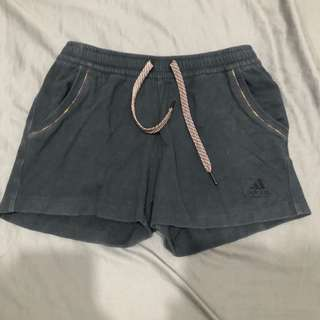 Adidas 運動休閒短褲