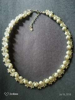 Fashion Pearl Necklace from US