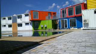 Container office, container kosong, container cafe, dan custom