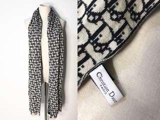 💯真品 Auth Chanel 100% wool scarf 可雙面用黑白高貴優雅純羊毛冬季頸巾圍巾