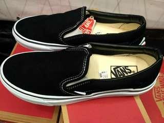 Vans Slip On Classic Black/White Premium BNIB