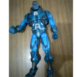 Marvel Legends Toybiz Apocalypse BAF with broken leg