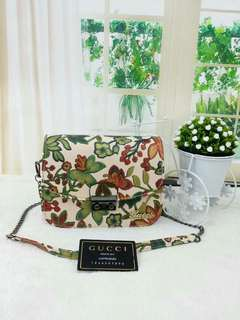 ♥ PROMOTION♥ GUCCI SLINGBAG ( FREE POS)