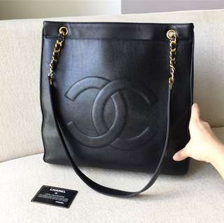 AUTHENTIC CHANEL Caviar Timeless CC Shoulder Tote Bag