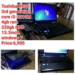 Toshiba R930