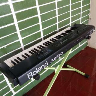 Synthesizer Roland juno D