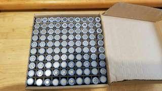 出血蝕本價 10蚊粒!!! 正版 共田電池18650