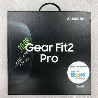 Gear Fit 2 Pro (Small, Black)