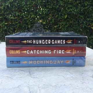 Book Bundle: The Hunger Games Trilogy by Suzanne Collins