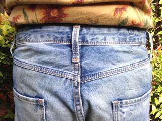 Logo ripped jeans murah