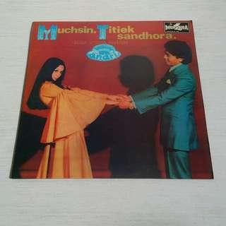 Muchsin & Titiek Sandhora LP