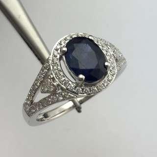 18K白金戒指 1卡75份藍寶石 31份鑽石 18K  White gold Ring 1.75ct Sapphire 0.31ct Diamond 可議價