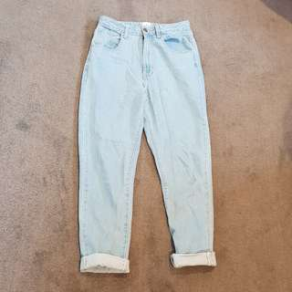 Vintage style high waisted mom jeans