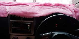 Mobil Alas Dashboard Bulu Lembut