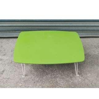 二手折疊小矮桌/讀書桌/兒童桌/閱讀桌/野餐桌/露營桌