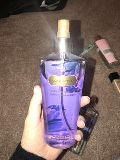 Authentic Victoria secret mist (love spell)