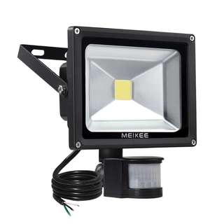 964. MEIKEE Motion Sensor Flood Light, 20W Super Bright Outdoor LED Flood Lights, High Output 1500lumen, 100W Halogen Lights Equivalent, Daylight White, Waterproof , Security Light, PIR Floodlight