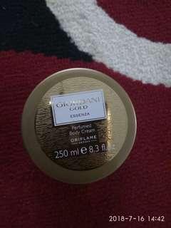 Giordani body perfumed