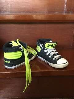Converse shoes high cut for kids (boy) 4-6 yo