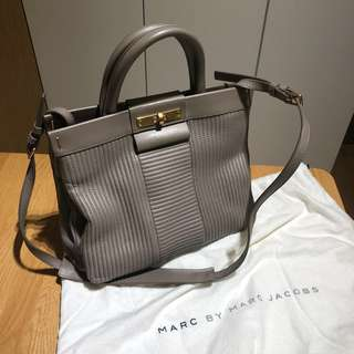Marc by Marc Jacobs 手袋