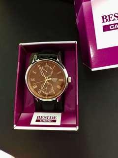 Casio 真皮皮带石英錶