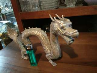 Dragon antique v