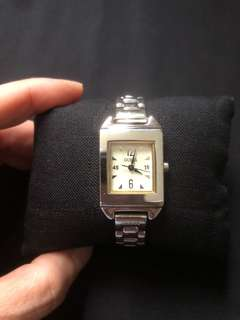 Guess ladies bracelet quartz watch