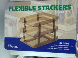 3-tier flexible stackers